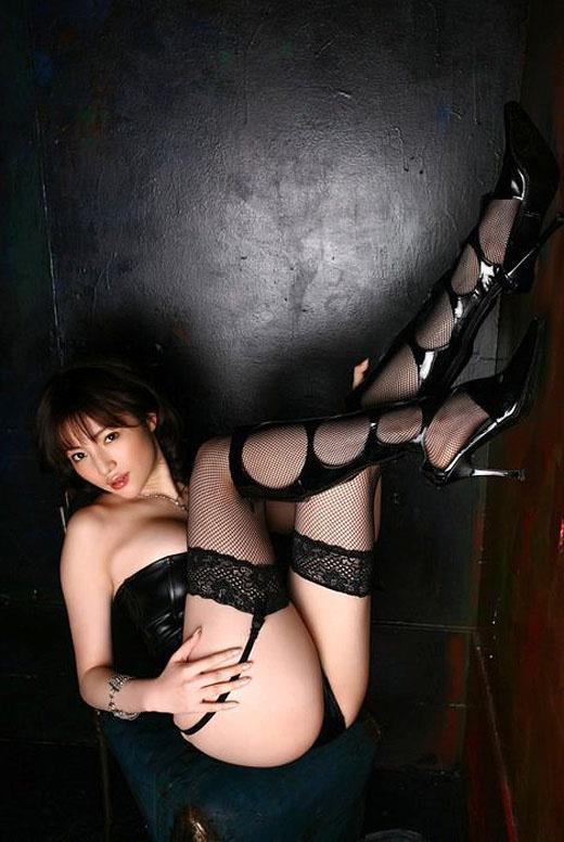 【エロ画像】ガーターベルトを身に付ける女とする事はセックスしかあり得ない パート12