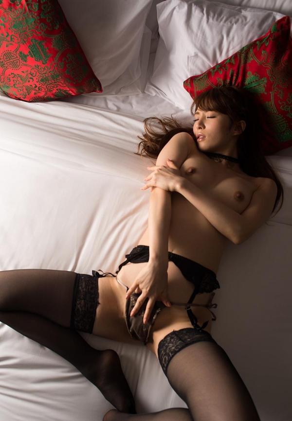 【エロ画像】ガーターベルトを身に付ける女とする事はセックスしかあり得ない パート16