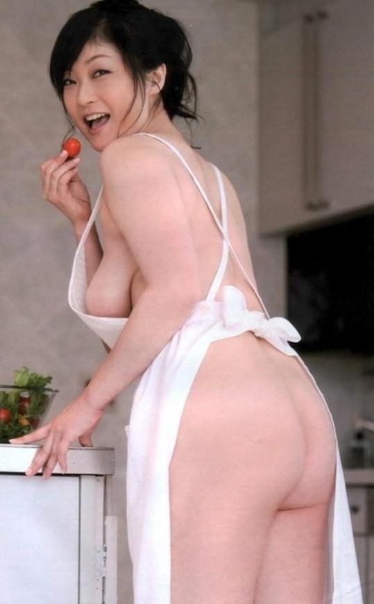裸エプロン0056.jpg