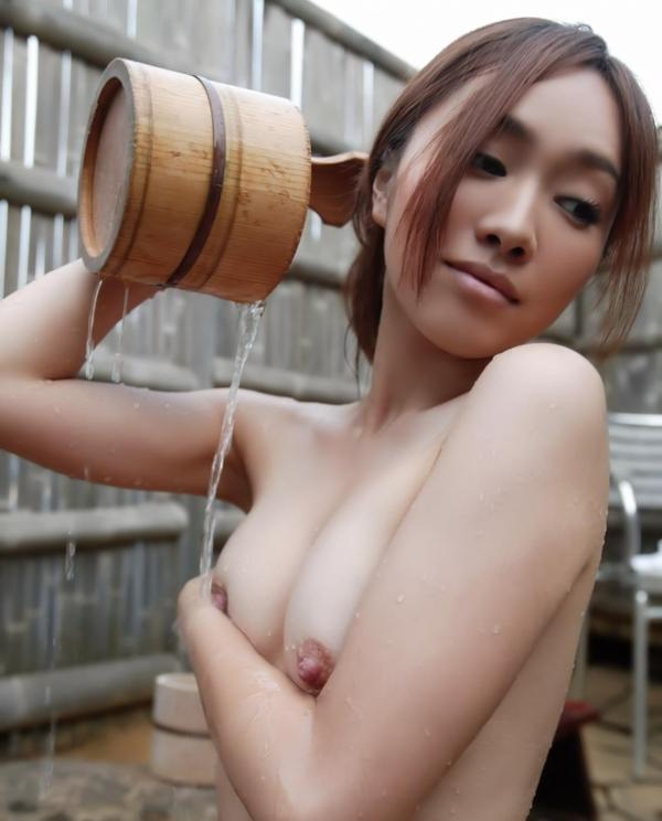入浴シーン0528.jpg