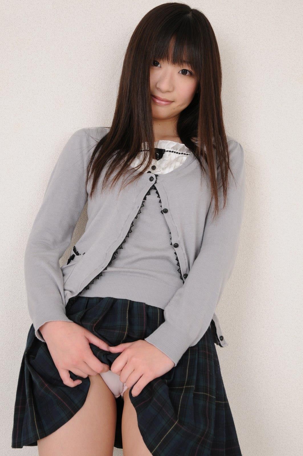 挑発 スカート21