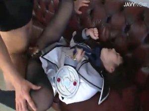 魔法10代小娘コスプレの女子がオヤジ二人に黒ストッキング破られ犯されちゃいます 尾野真知子