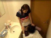 「奥さん凄く湿ってますよ?」同じアパートの人妻を口説いて隠し撮り