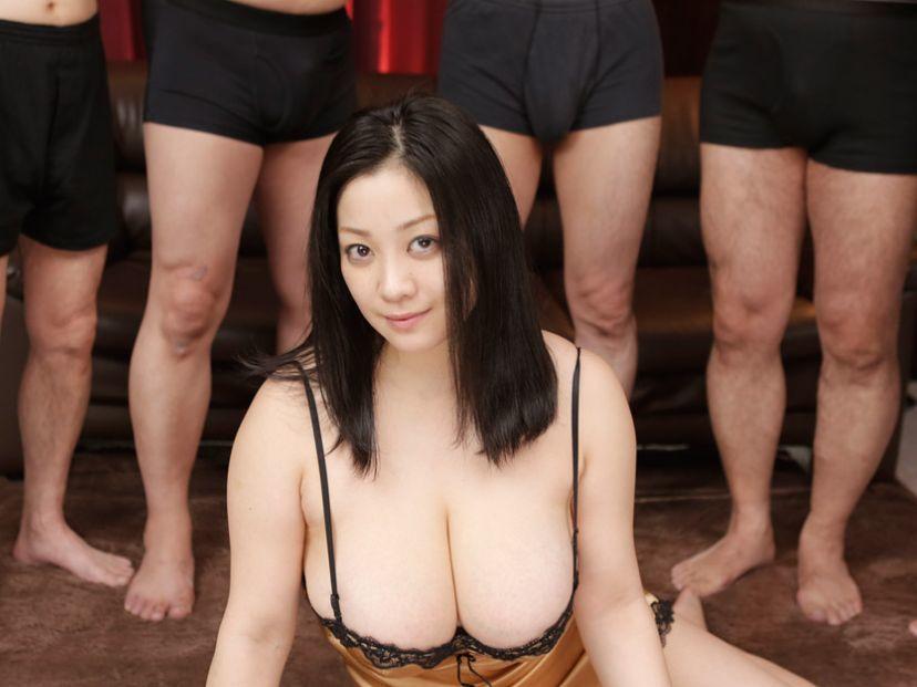 ボインッスル ~女王みなこの男祭ショー~小向美奈子