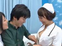 【動画】ド痴女なナース二人組が3Pで筆下ろしw(*゚∀゚)=3 ムッハー