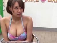 【動画】プールでナンパした巨乳素人とハメ撮りw(*゚∀゚)=3 ムッハー