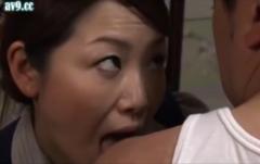 変態事務員のセックス【ヘンリー塚本】