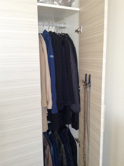 closet_002.jpg