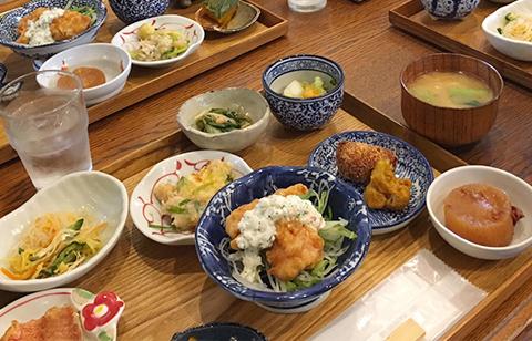 fukuokagohan_04.jpg