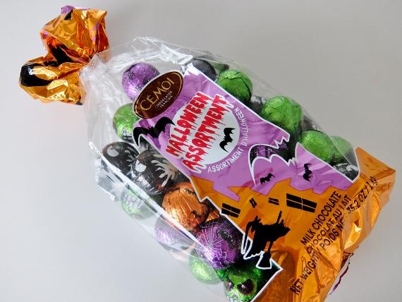 コストコ Bag Halloween Kg 円  トリュフチョコ セモア ミルクチョコレート