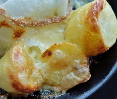 リッシモン ラクレットチーズ 1,358円 コストコ Riches Monts La Raclette ハイジ アルプスの少女