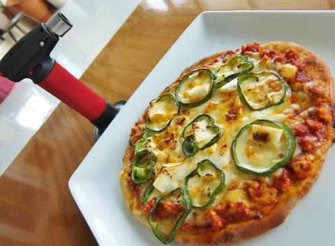 コストコ ビクトリア マリナラソース 1,498円也    トマト ピザ