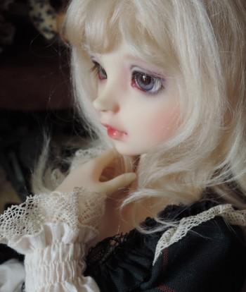 doll-1942.jpg