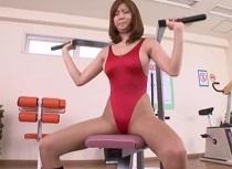 (レオタード)麻美ゆま ハイレグはみ乳レオタードで密着トレーニングsex