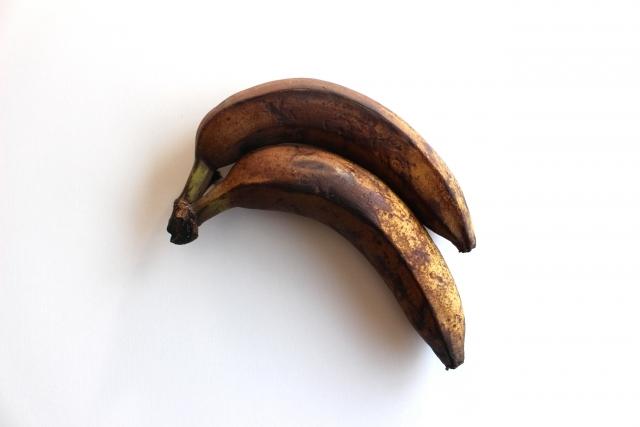 腐ったバナナ