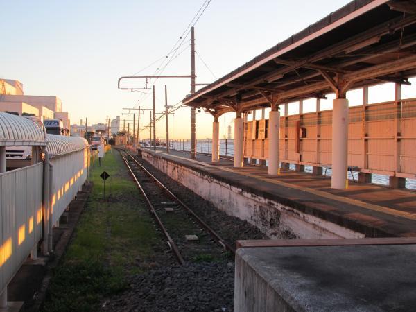 海芝浦駅1
