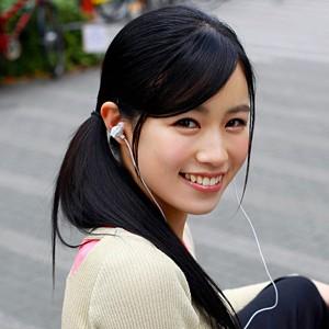 E-girls(イーガールズ)みたいなダンサーを夢見る19歳の美少女が街道インタビューからAVデビューしちゃうadaruto無修正動画!