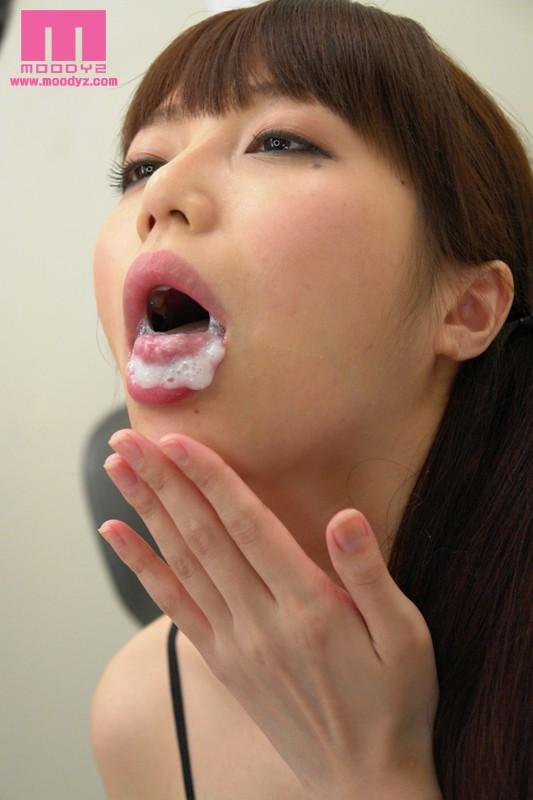【滝沢優奈の無修正動画】adaruto 淫乱優奈先生が家庭訪問で生徒のお父さんを誘惑して・・・