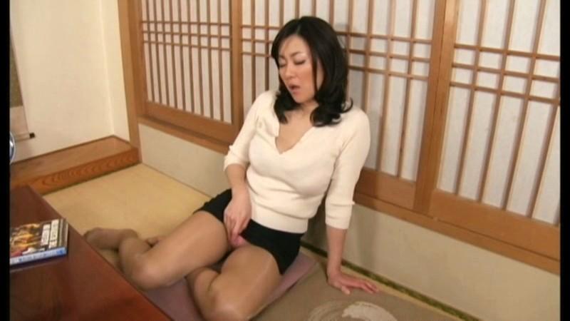 【木村真子の無修正動画】adaruto 30歳の女は発情が止まらない!?誘惑痴女の熟女尻