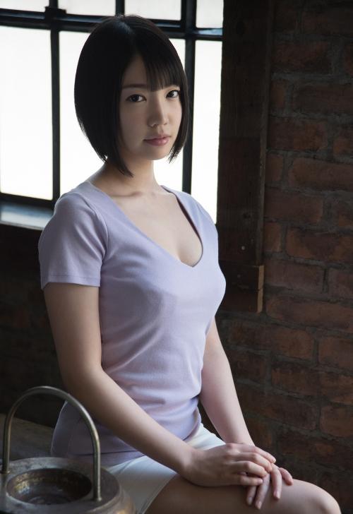 鈴木心春 04