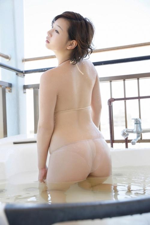 佐山彩香 49