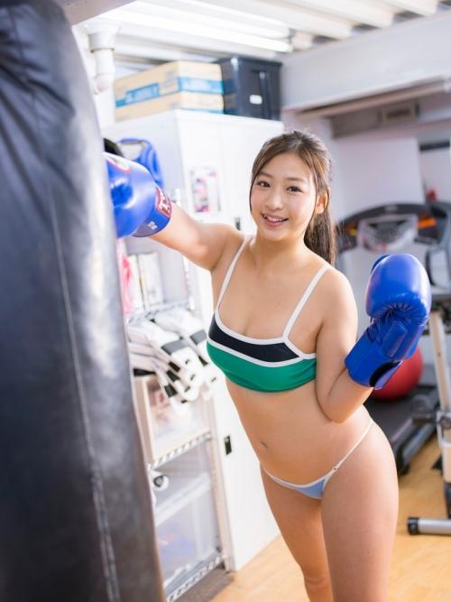 佐山彩香 57