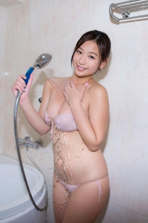 佐山彩香 65