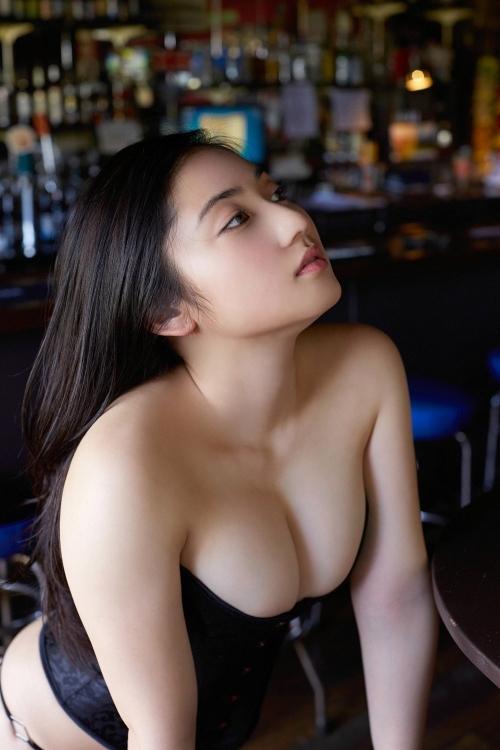 紗綾 30