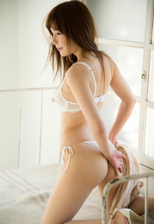 葵 AV女優 セクシーな下着ヌード 07