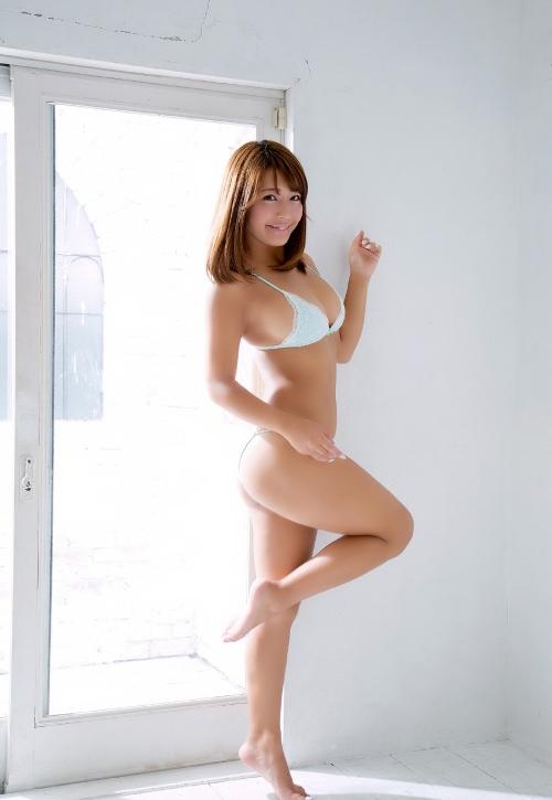 橋本梨菜 16