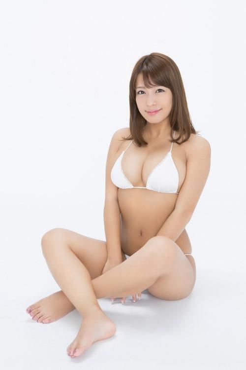 橋本梨菜 36