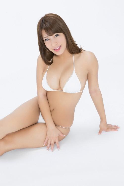 橋本梨菜 39