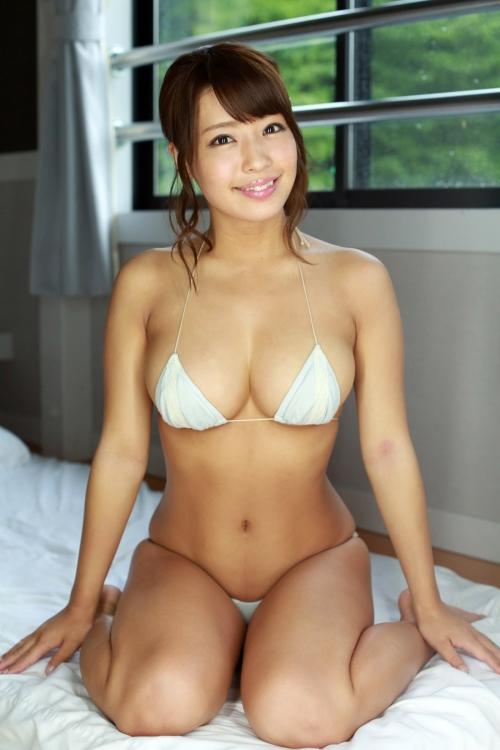 橋本梨菜 50