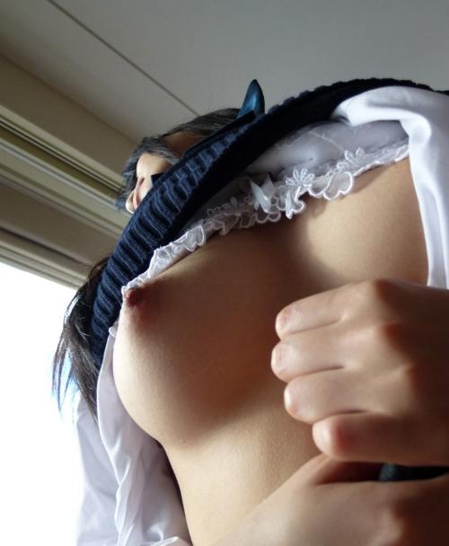 JK制服 おっぱいポロリ 45