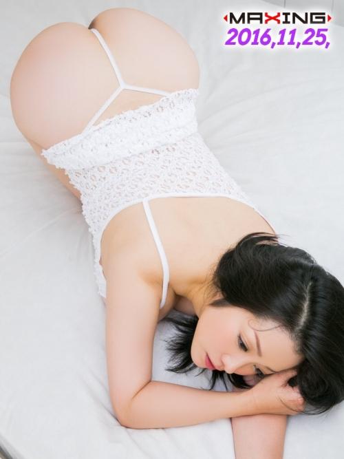 小向美奈子 30