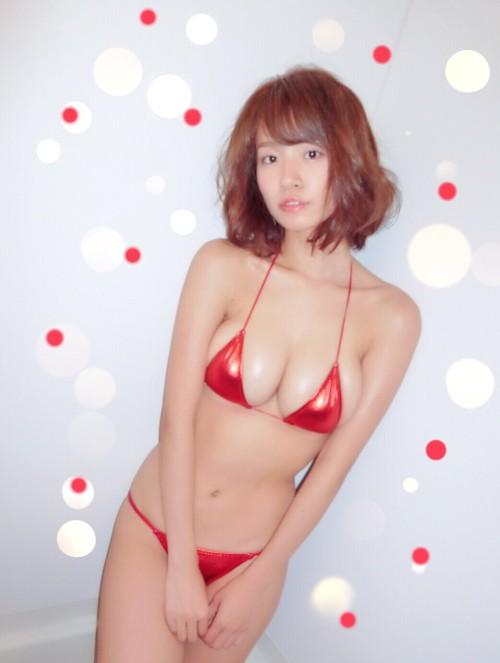 菜乃花 グラビアアイドル