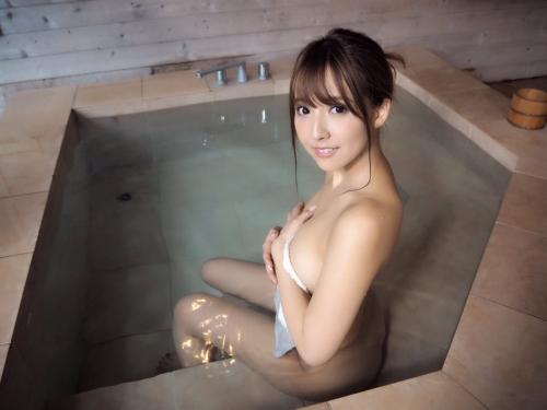 温泉 おっぱい 01