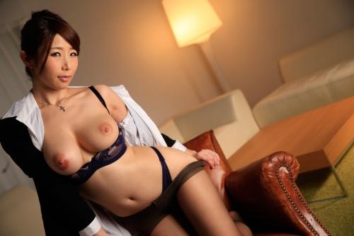 篠田あゆみ 働く美女の秘密 09