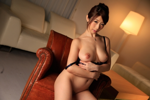 篠田あゆみ 働く美女の秘密 24