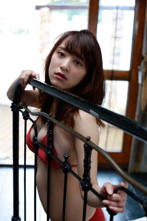 都丸紗也華 35