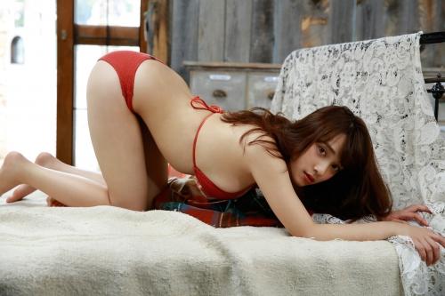 都丸紗也華 48