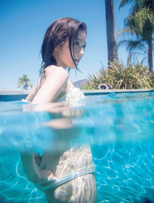 AKB48 渡辺麻友 写真集 『知らないうちに』 07