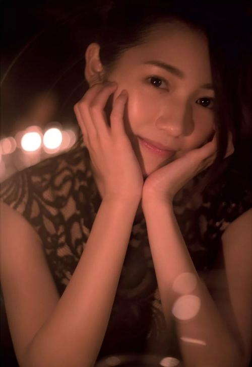 AKB48 渡辺麻友 写真集 『知らないうちに』 08