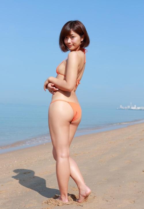 安枝瞳 40