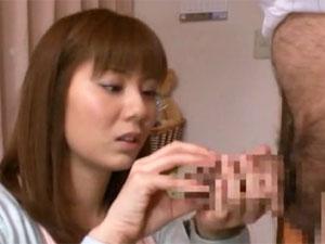 麻美ゆま 介護ボランティアの練習という名目で同僚のエロ親父に無理やり犯される巨乳OL