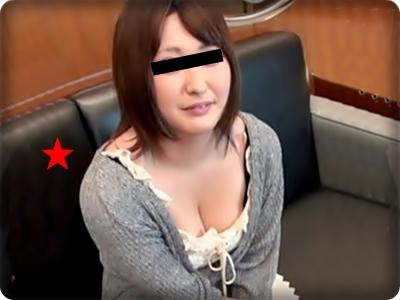 【無修正素人・中出し】ハメ師のデカチンに喘ぐ肉厚マ●コの可愛い巨乳娘 19歳
