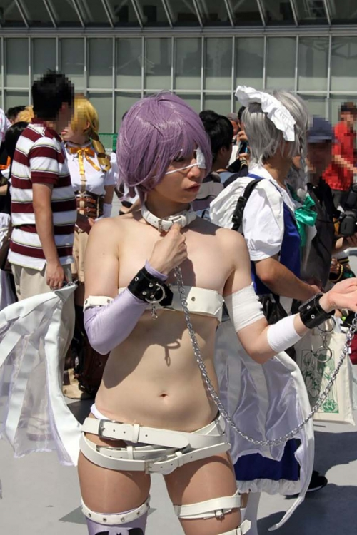 comike-cosplay-layer-H-oppai-manko-003.jpg