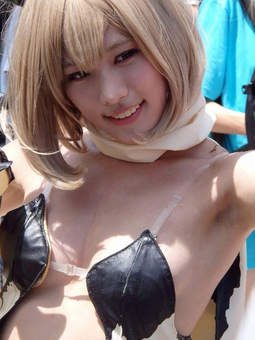 comike-cosplay-layer-H-oppai-manko-015.jpg