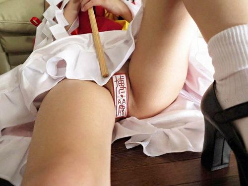 cosplay-layer-sex-asedaku-ochinchin-sakebitagatteru-003.jpg