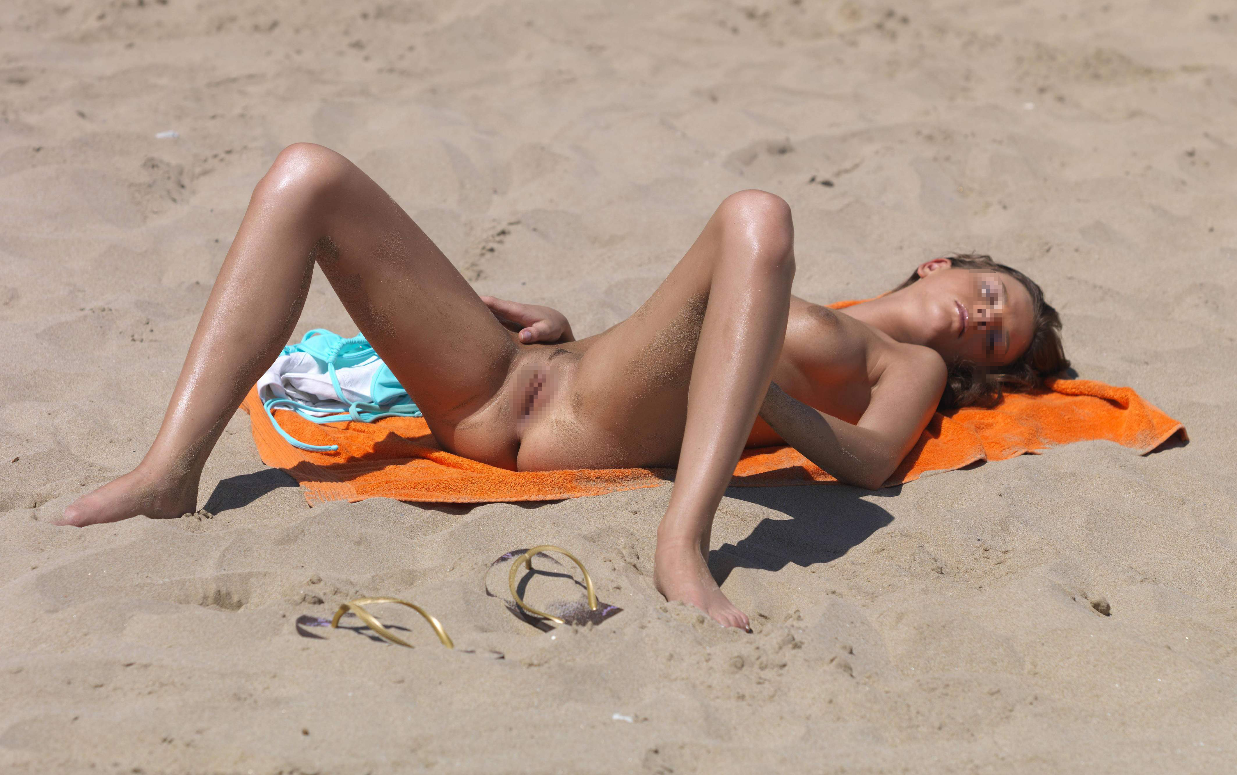 Beach babes sex only site